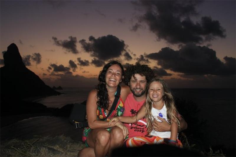 Onde ver o por do sol em Noronha: o fim de tarde no Fortinho de São Pedro é um Point clássico