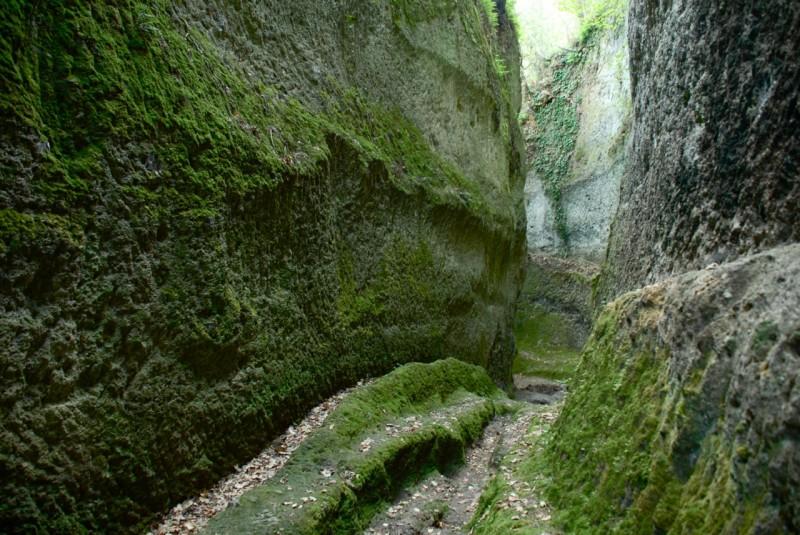 via cave