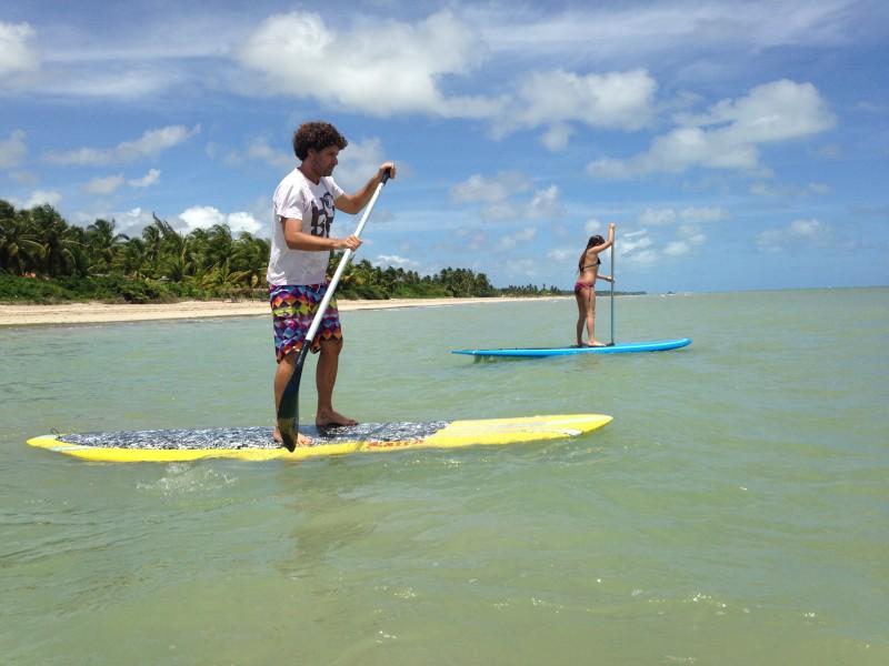 O que fazer na Rota Ecológica de Alagoas: na maré baixa, vale fazer um SUP
