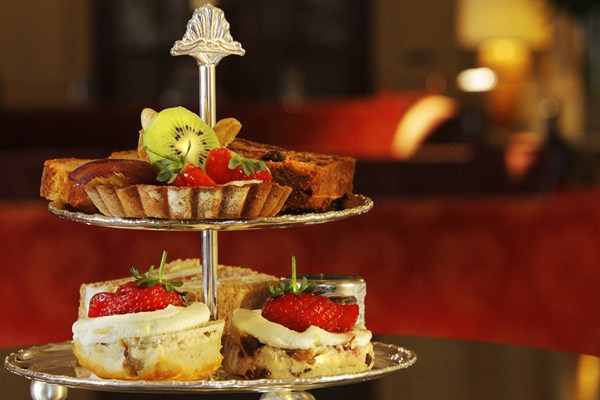 afternoon-tea-at-the-bloomsbury-hotel_gallery_image_cp