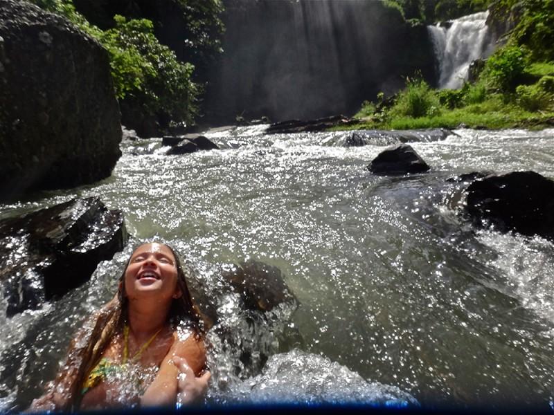 bali onde ficar cachoeira ubud