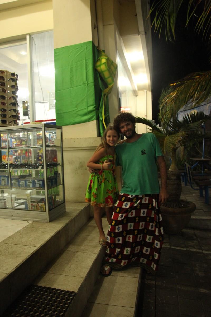 bali onde ficar uluwatu cerimonia sarong