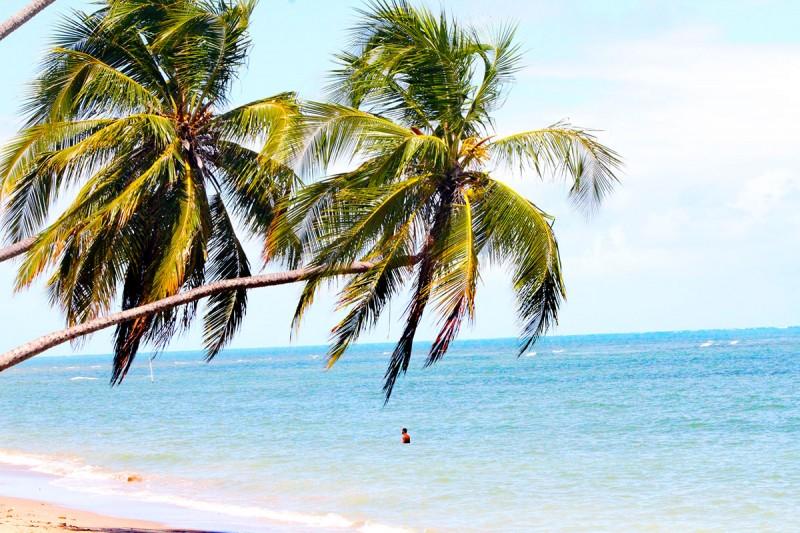 lugares para descansar no Brasil praia do patacho