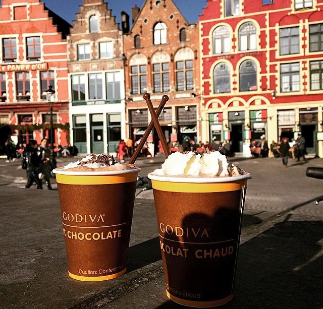 loja godiva no Markt de Bruges