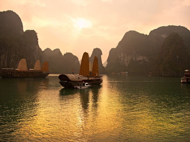 Halong-Bay-in-Vietnam