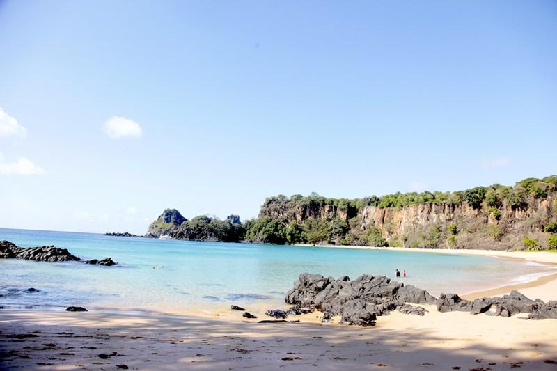 praia do sancho noronha onde ir onde ficar1