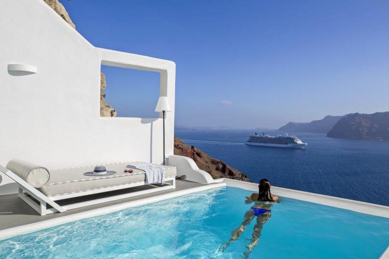 hoteis com piscina em oia