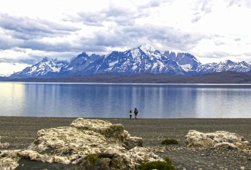 o que fazer em torres del paine: juju e rico no lago sarmiento