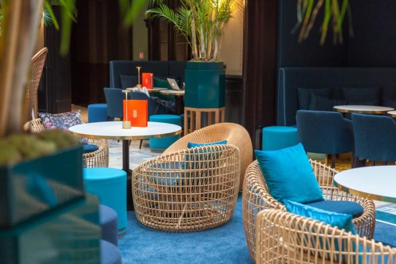 mc-hotel-lechiquier-paris-art-nouveau-deco-salon-fauteuil-rotin-3