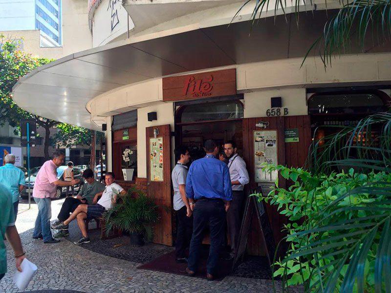 lugares para comer bem e barato no Rio de Janeiro file do lira