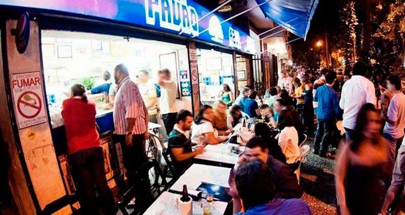 lugares para comer bem e barato no Rio de Janeiro Pavão Azul