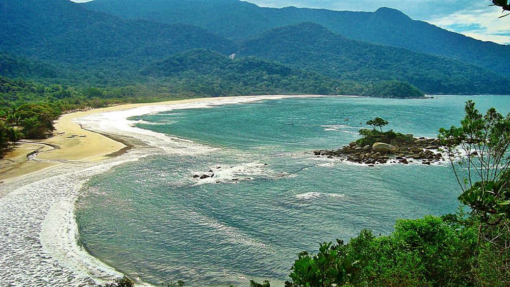 Hoteis na Praia Para o Fim do Ano - IlhaBela