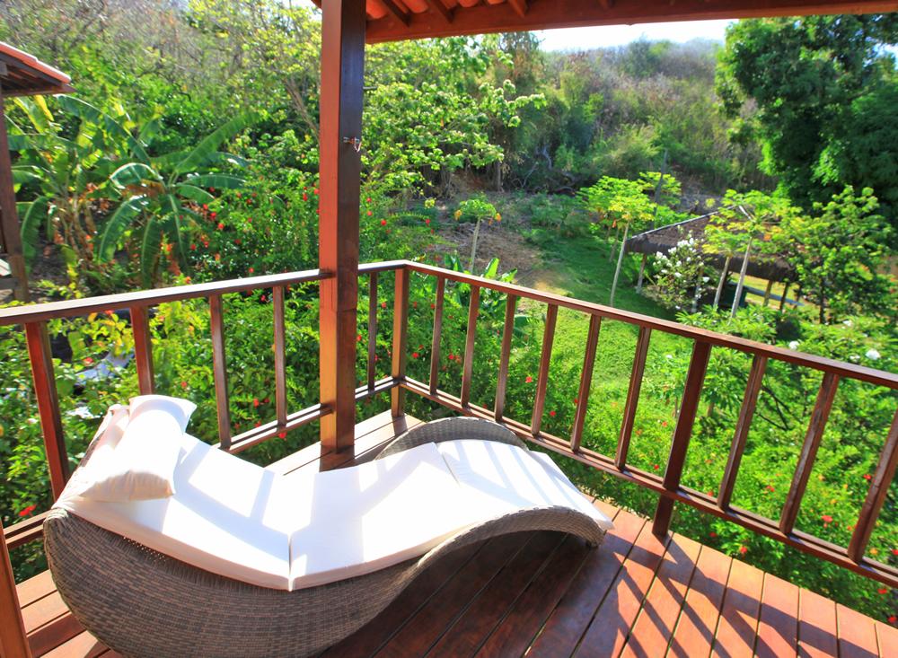 Pousada do Vale em Noronha: Alguns quartos tem varanda com vista para o jardim.