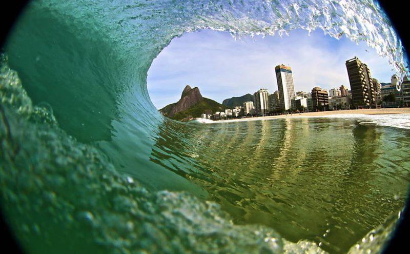 Airbnb Trips: aula de foto no mar