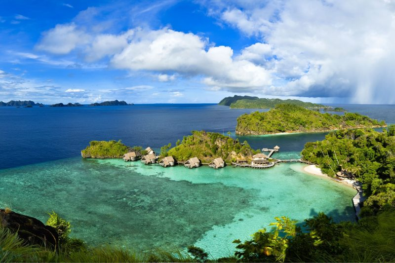 misool-eco-resort-raja-ampat-west-papua-indonesia-conde-nast-traveller-17aug15-Tobias-Zimmer