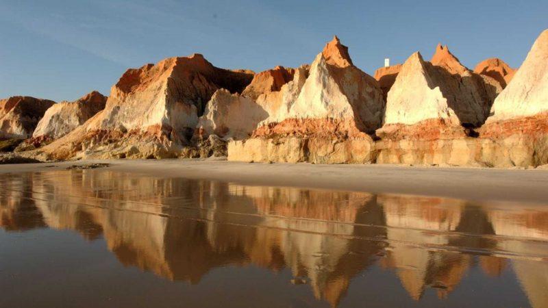 Praia das Fontes Falésia Vermelha
