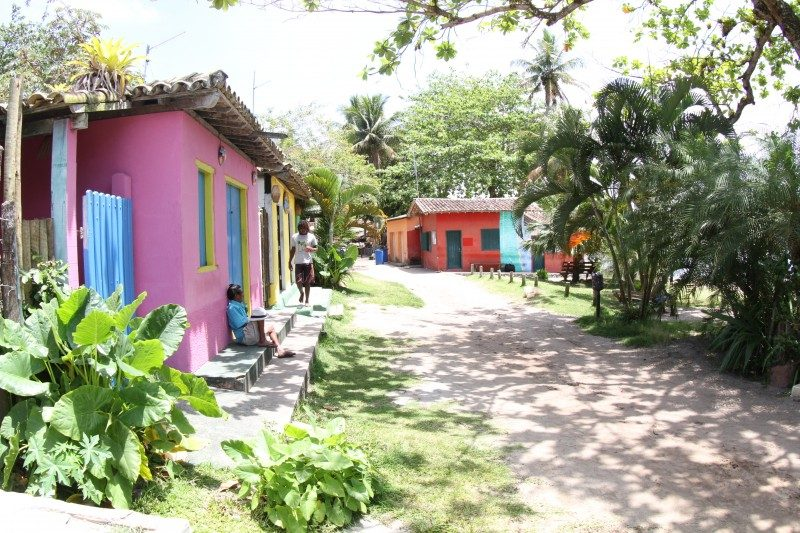 Lugares para viajar em agosto: a charmosa vila de Caraíva.