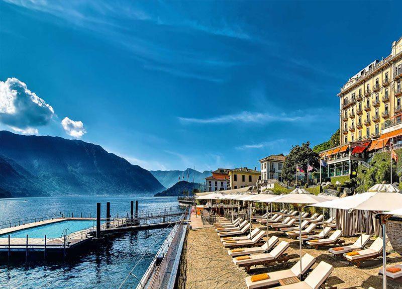 A piscina do Grand hotel Tremezzo: vista para montanhas e o Lago di Como