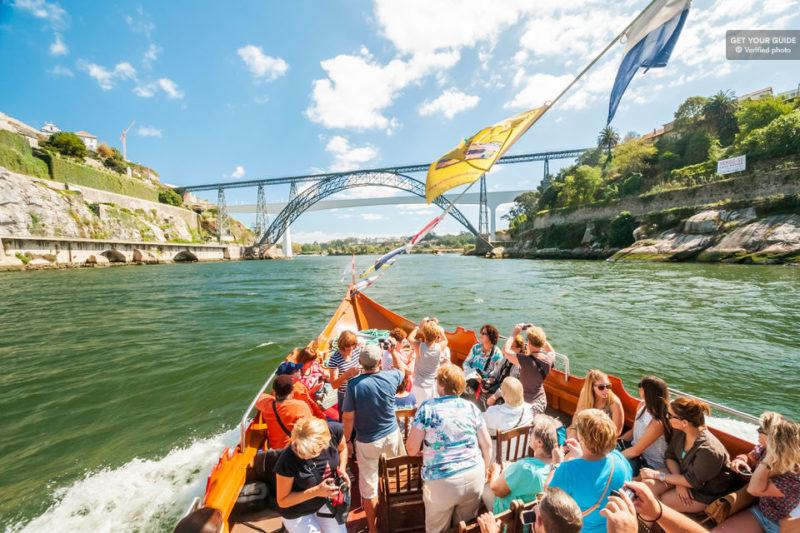 o que fazer no porto: Tour da rabello das seis pontos pelo Douro