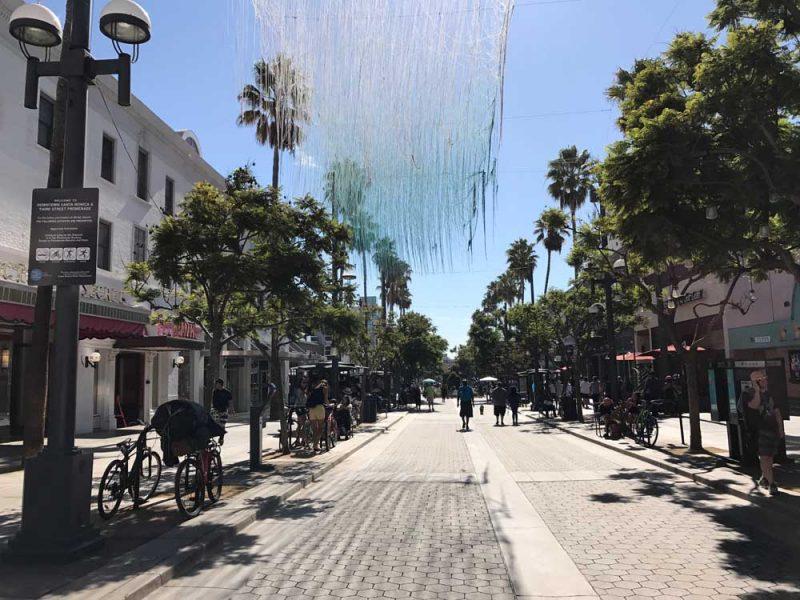 A Promenade Street, em Santa Monica