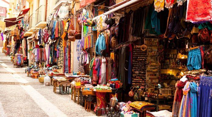 Mercado Marroquino em Granada, Andaluzia
