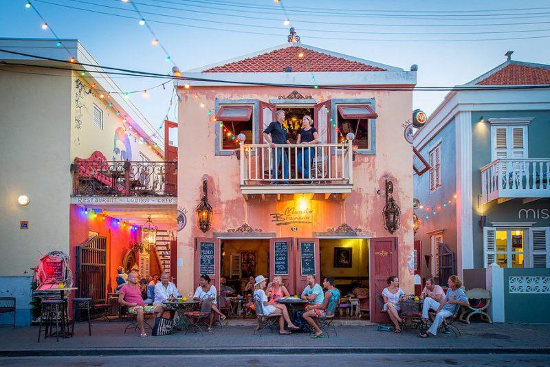 Roteiro de 5 dias em Curaçao: jantar no Mundo Bizarro