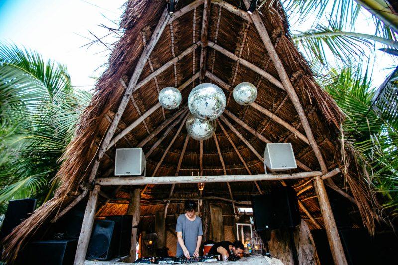 Dicas roteiro 3 dias em Tulum: papaya project beach club