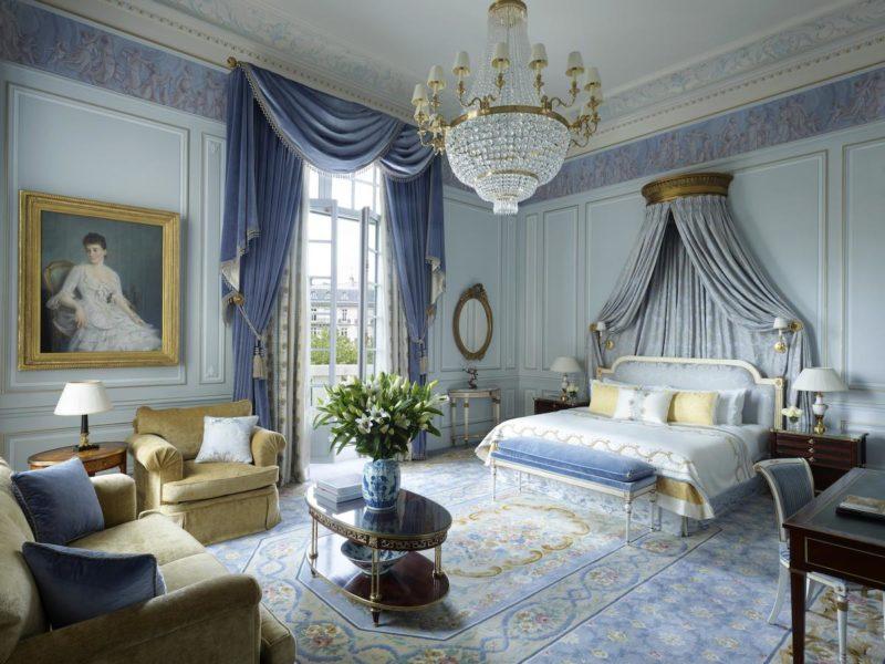 Melhores hotéis de Paris: Os quartos do Shangri-La Hotel são decorados no estilo imperial europeu.