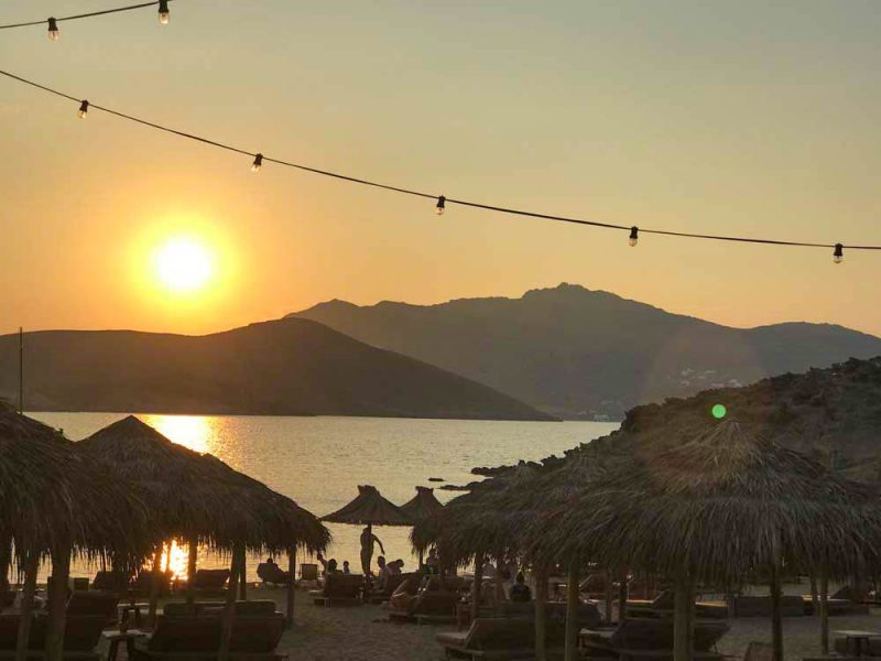Beach Clubs de Mykonos: Alemagou