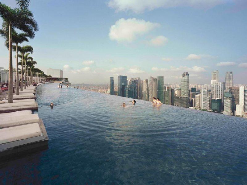 Hoteis com piscinas mais incríveis do mundo: Cingapura