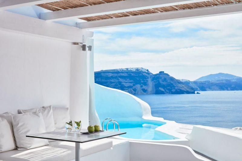Melhores hoteis de Santorini: a suíte com piscina do Katikies