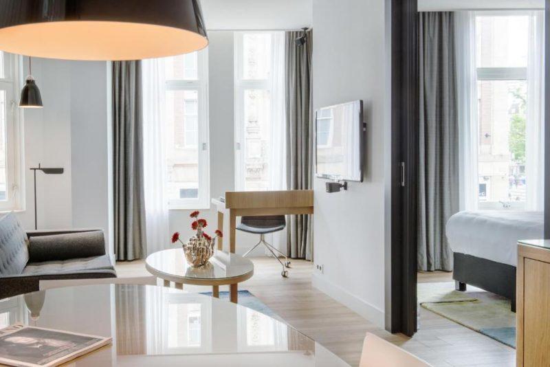 onde ficar em Amsterda: o quarto do Swiss Hôtel