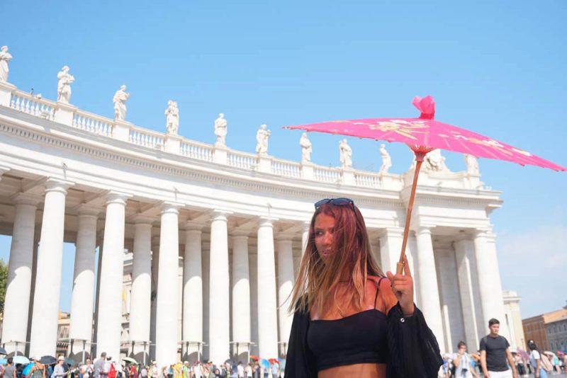 A beleza do Vaticano, e o so de julho: esperar na filha é dureza.