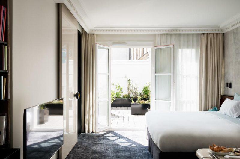 Onde ficar em Paris: o quarto do Les Bains.