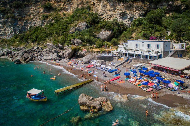 A praia Laurito, perto de Positano