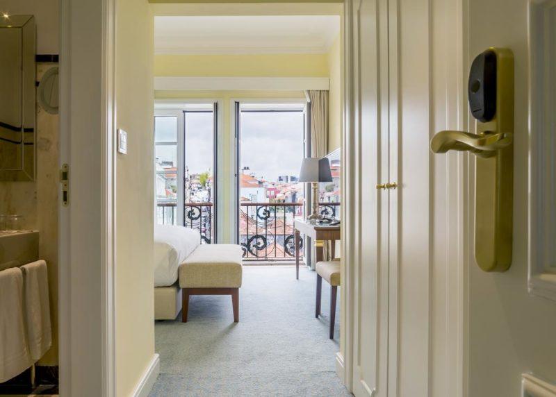 onde ficar no Porto: quarto com vista