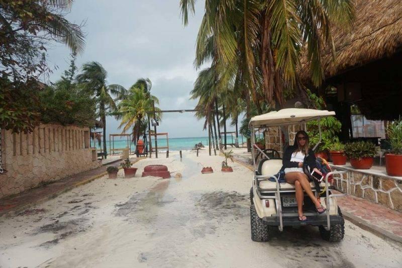 como circular em Isla Mujeres: nosso carrinho de golfe