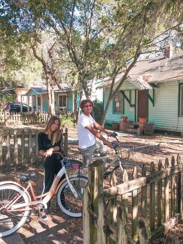 O clima de Gainesville Downtown: cidade é uma delícia pra andar de bike