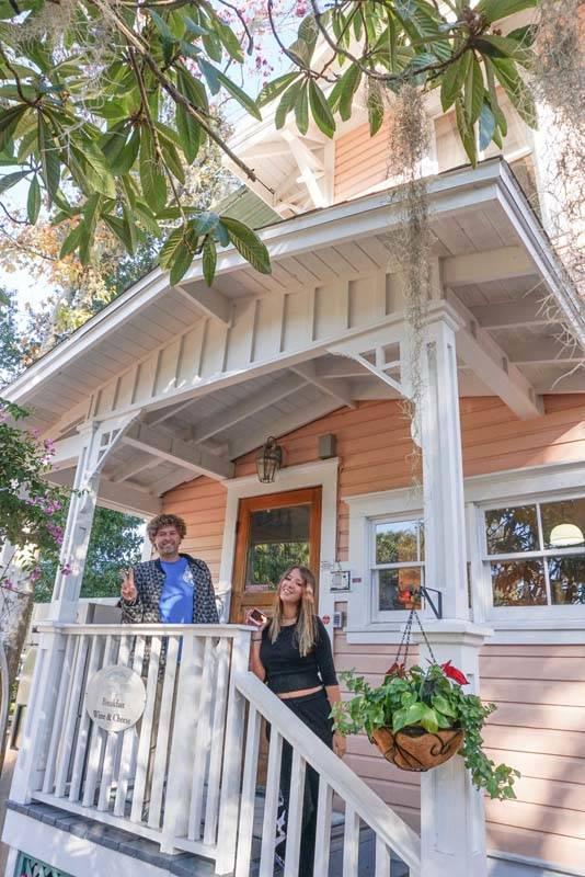 O Sweetwater Branch Inn, em Gainesville: o hotel fica no centro histórico, onde todas as casas são assim