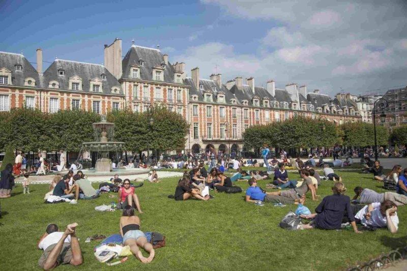 Roteiro 3 dias em Paris: a Place des Vosges