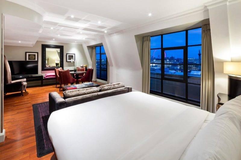 Hotéis em Londres: Quarto luxuoso do Radisson Blu Edwardian.