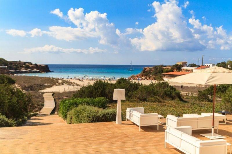 Melhores hotéis em Formentera: acesso do Hotel Cala Saona & Spa à praia.