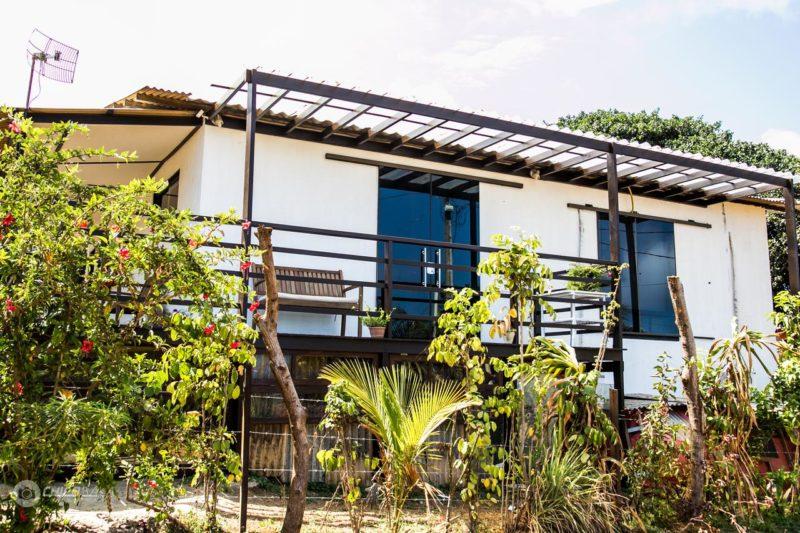 Hotel Fernando de Noronha: espaços simples mais limpos dos Flats Baia dos Porcos.