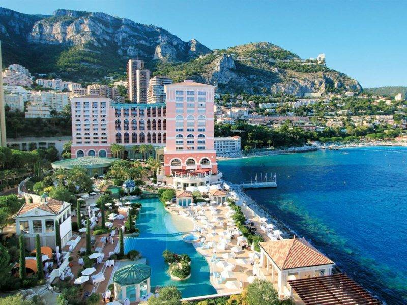 Onde ficar em Mônaco: estrutura do Monte-Carlo Bay Hotel & Resort.