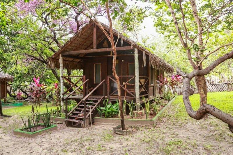 melhores pousadas em Santo Amaro: o Ciamat Camp, de frente pro Rio