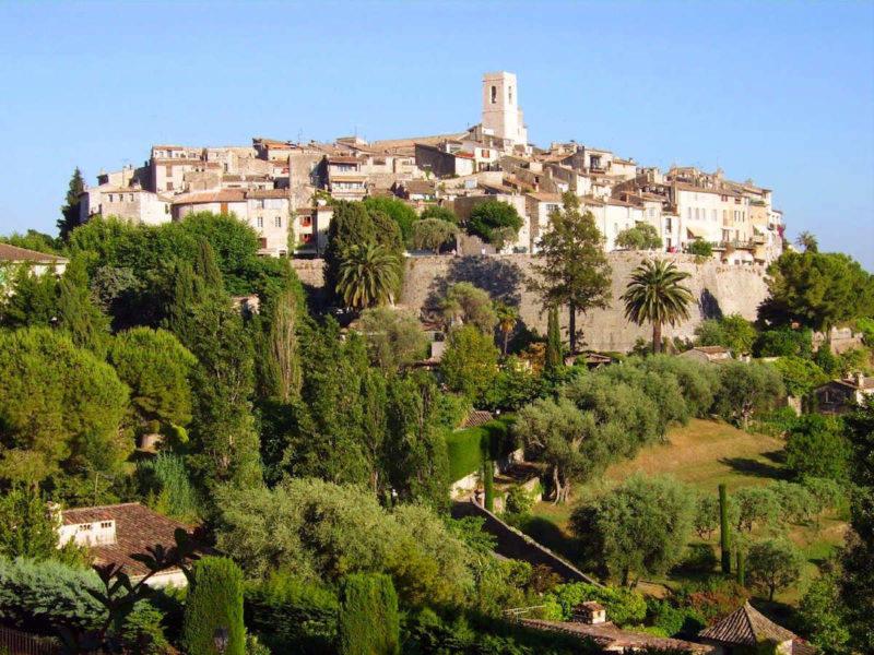 Cidades a partir de Nice: vista de Saint Paul de Vence.