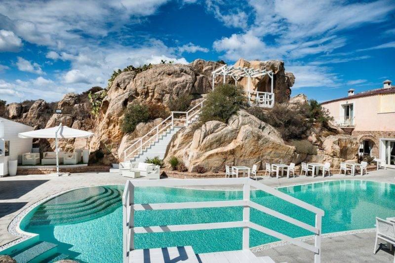 Melhores hotéis em La Maddalena: piscina e área externa do Grand Hotel Ma&Ma.