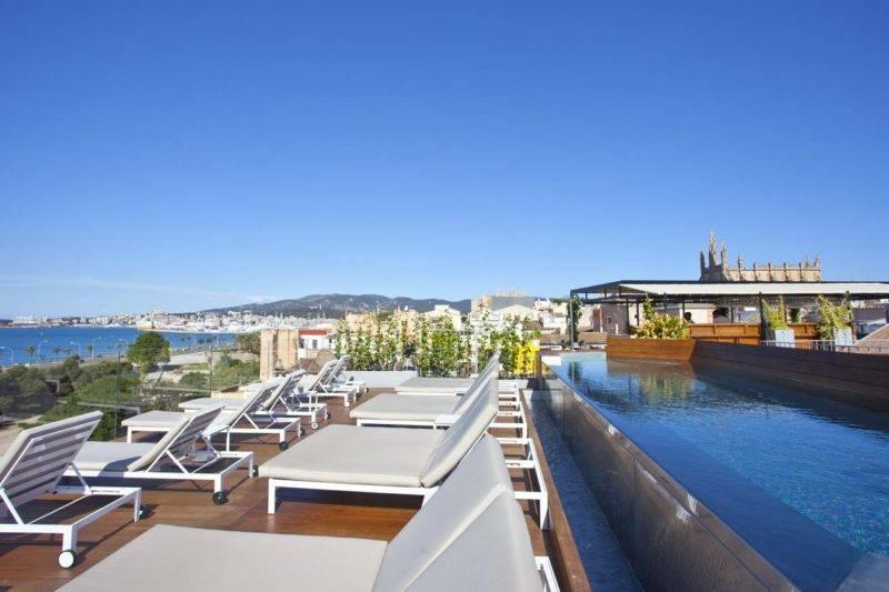 Hotéis em Maiorca: Terraço e piscina do Es Princep.