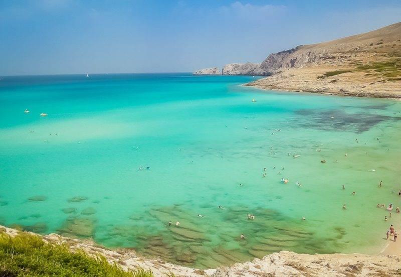 O que fazer nas ilhas Baleares: Em Mallorca, a Cala Mesquida tem um tom diferente de mar.