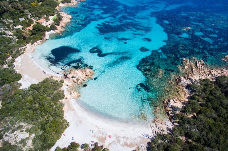 As 10 praias mais bonitas da Sardenha: Capriccioli.